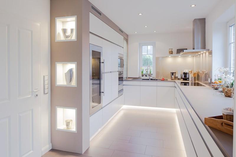 Eclairage LED de la base de la cuisine