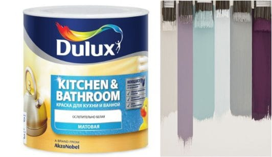 מציירת את הקירות במטבח