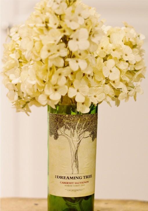 Váza egy üveg borból