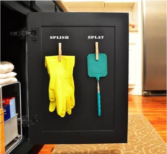 מחסן על דלת ארון המטבח
