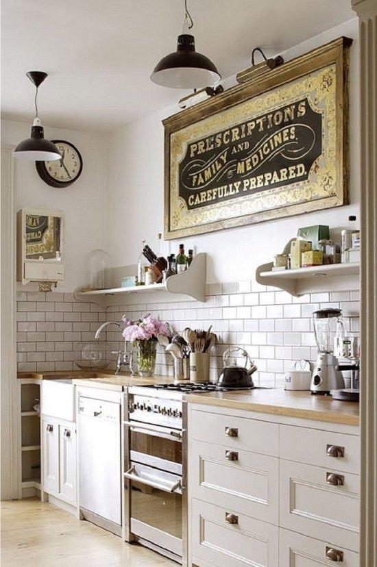 Tablier de porc dans la cuisine dans le style de la Provence
