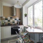 Køkkenareal på 6 kvadratmeter. m med L-formet layout