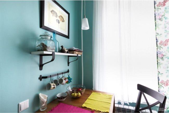 Kis konyha kialakítása gáztűzhellyel - étkező