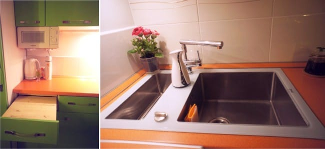 Kis konyha ablakpárkány-bárral - munkaterület