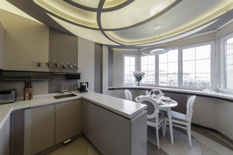 חריגה עיצוב גבס התקרה במטבח