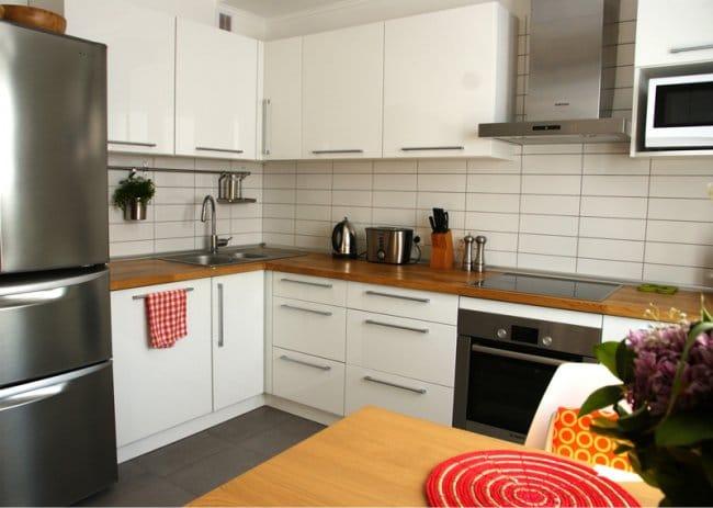 Kis konyha javítása partícióval - kilátással a konyhára