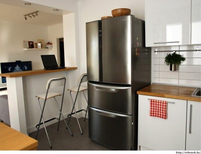 Javítson ki egy kis konyhát egy partícióval