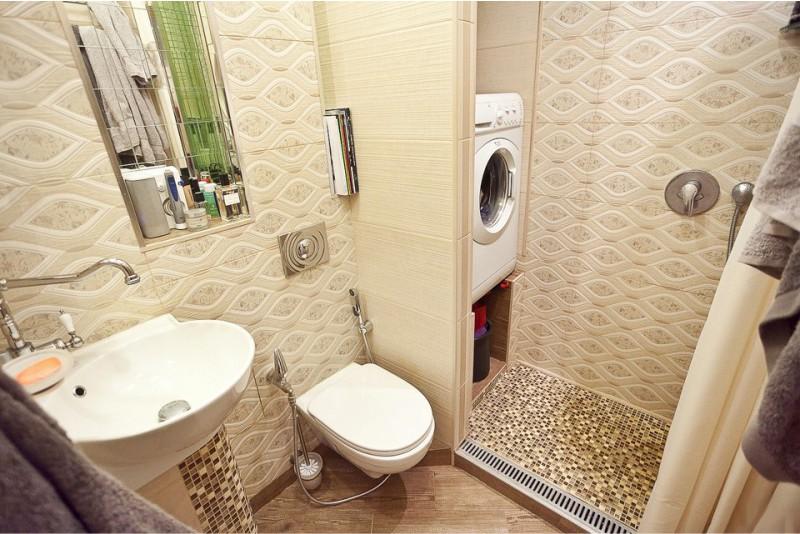 חדר אמבטיה ואמבטיה