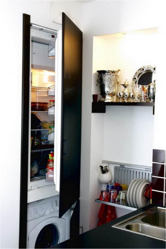 Jääkaappi pesukoneen päällä