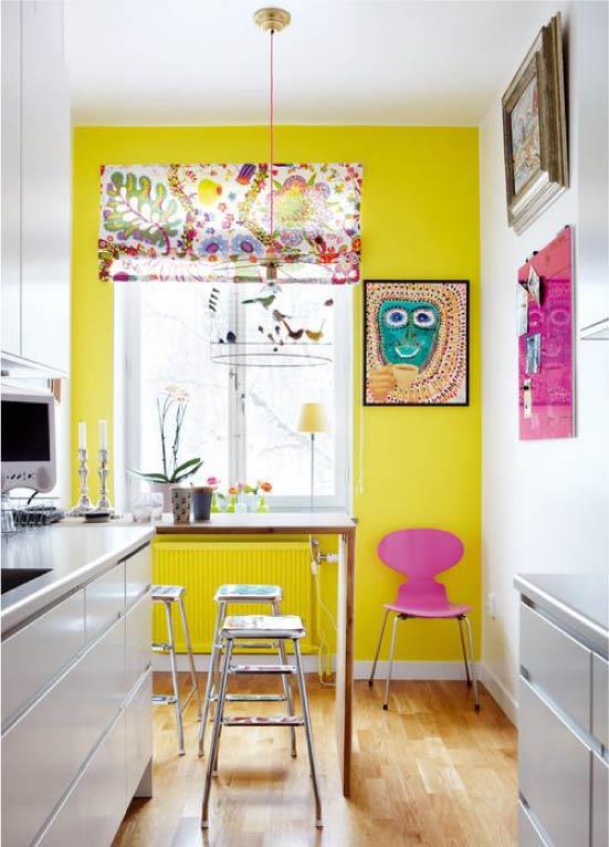 Dapur kuning dalam gaya moden