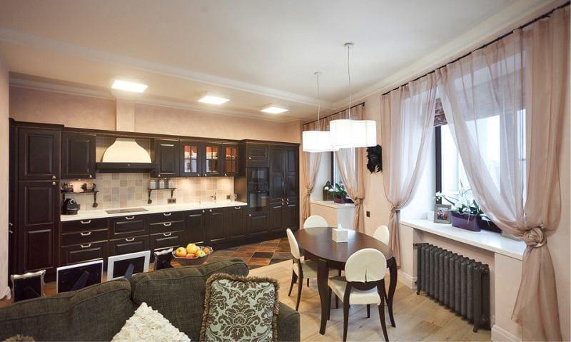 רעלה בפנים המטבח בסגנון של neoclassical