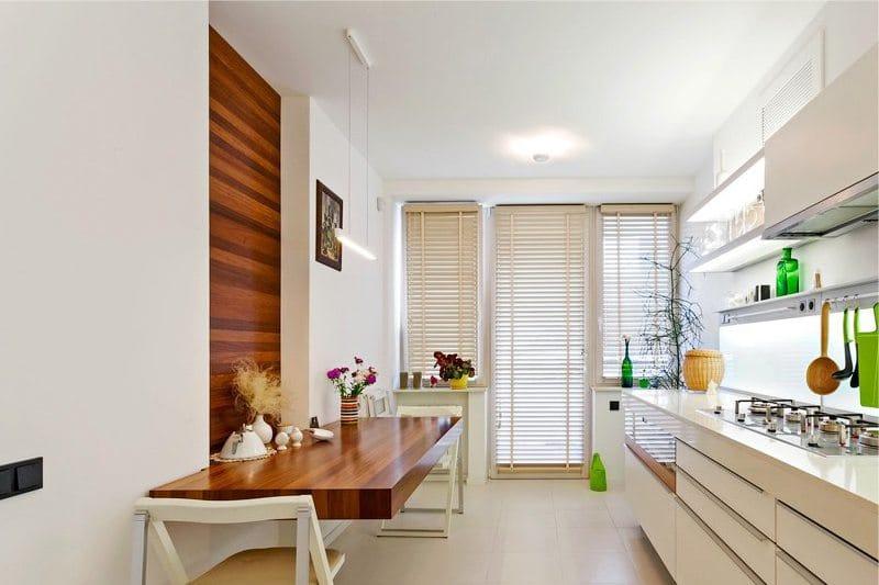 Stěny v interiéru kuchyně ve stylu minimalismu - strom v jídelně