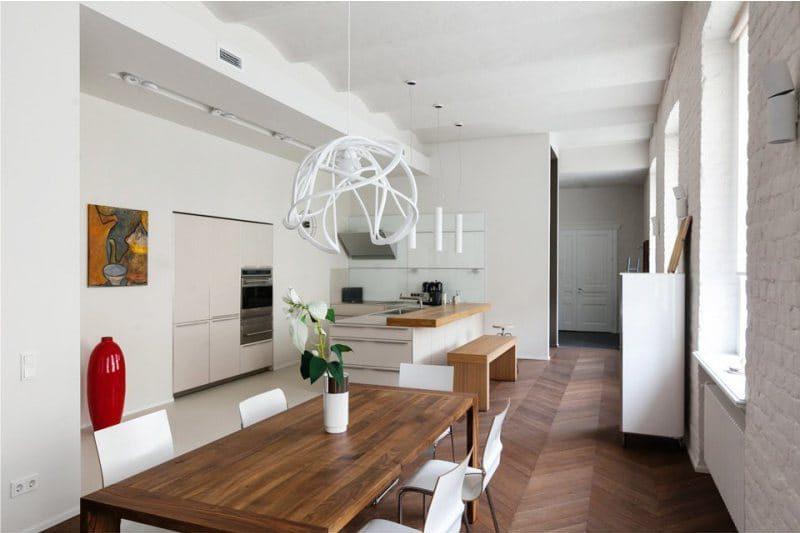 Stěny v interiéru kuchyně ve stylu minimalismu - cihlová zeď