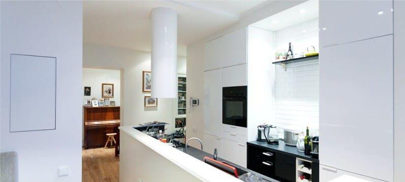 Výtah ve stylu minimalismu v interiéru