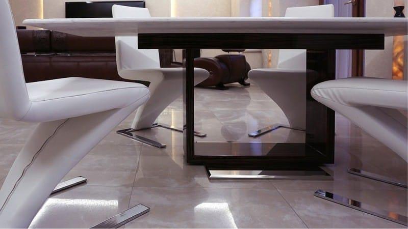 הייטק שולחן זכוכית