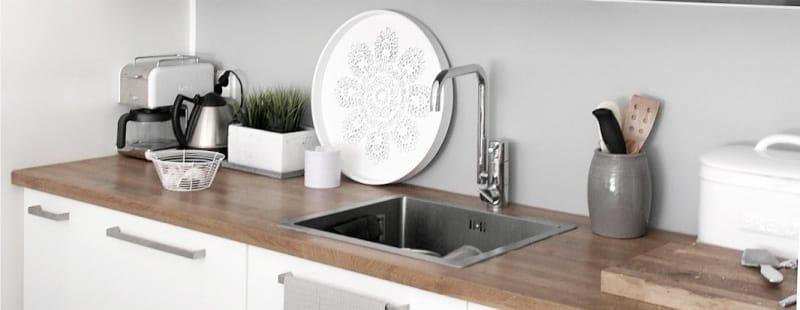 Téglalap alakú mosogató vízszintesen