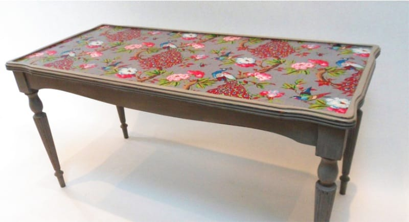 Do-yourself decoupage the table