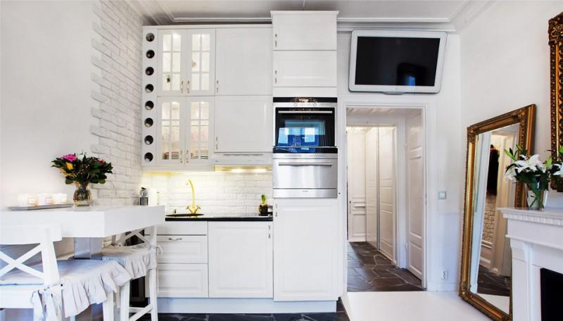 תאורת מטבח בדירת סטודיו