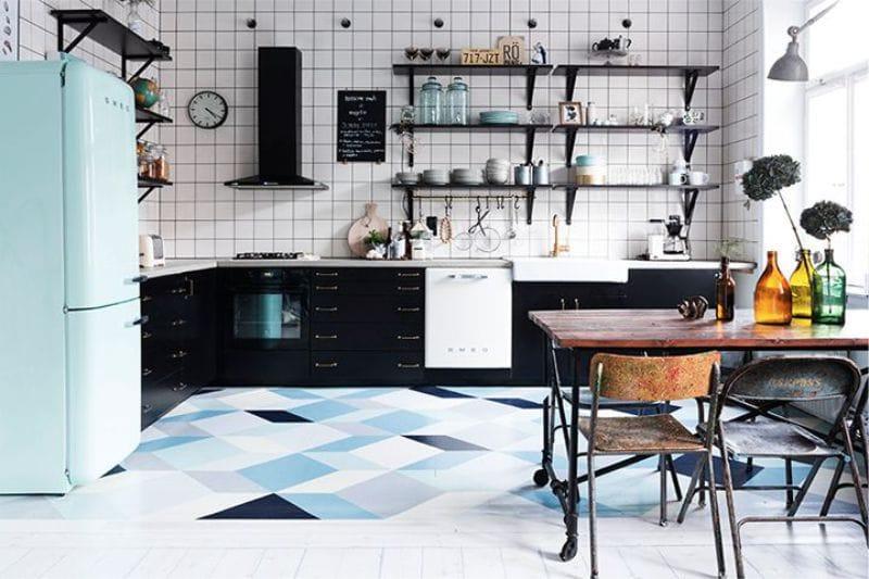 Fekete és kék konyha lakberendezés
