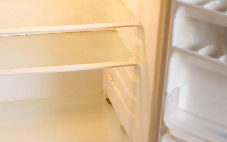 Limpar o refrigerador - passo 1