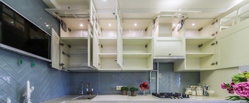 Køkken med åbne facader