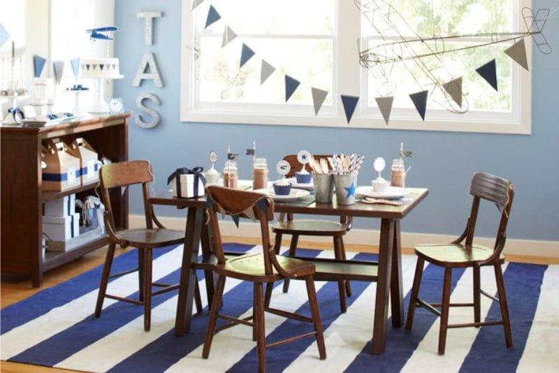 רישום שולחן ילדים לילד