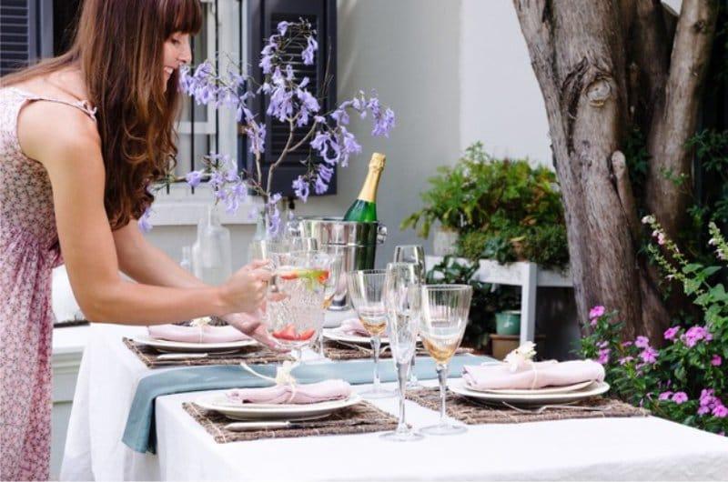 Asztal beállítás és dekoráció