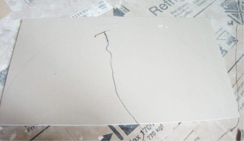 การวาดส่วนโค้งบนหลักการของเข็มทิศ