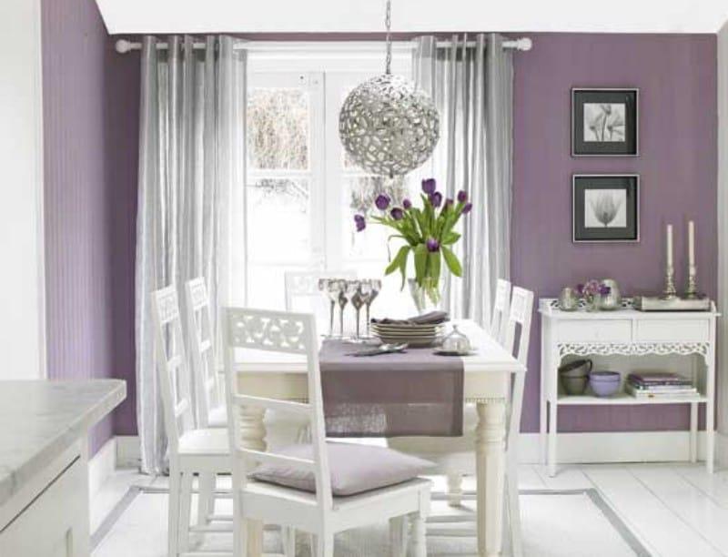 Ruang tamu dapur putih-lilac