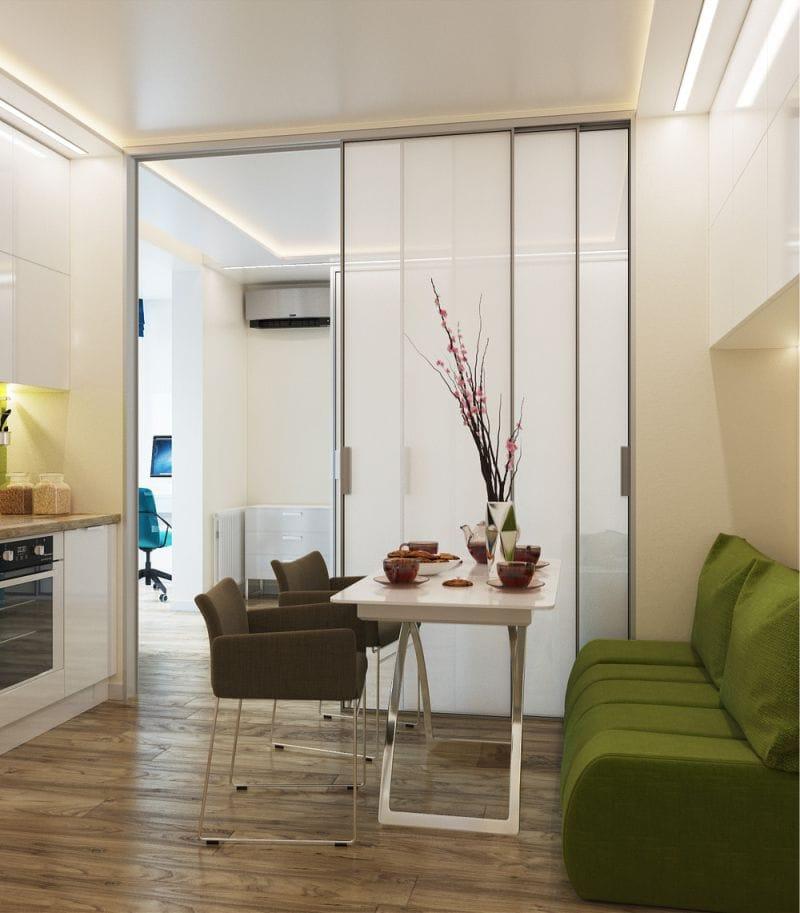 Porte coulissante à l'intérieur de la cuisine