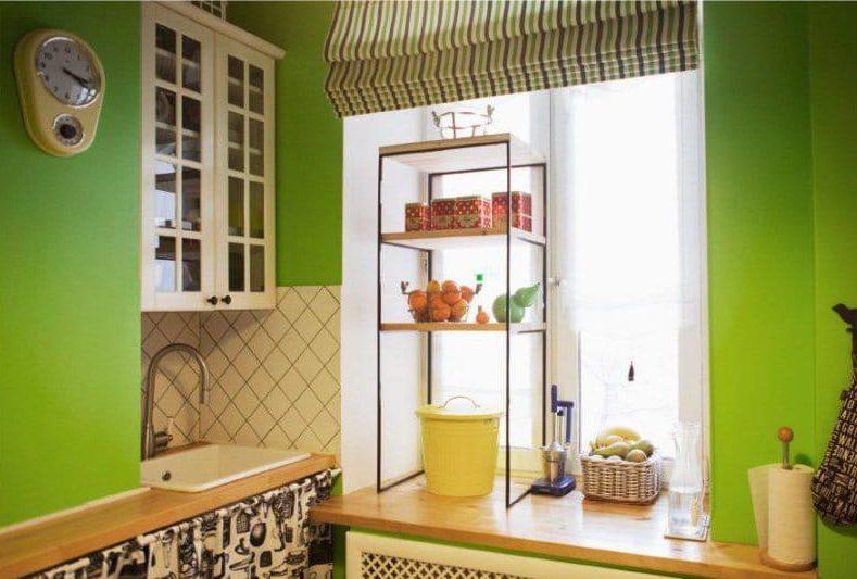 שעון בסגנון רטרו עם טיימר בפנים המטבח