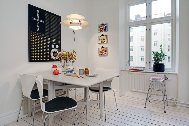 Parallel planlægning af køkkenområdet på 15,5 kvadratmeter. m
