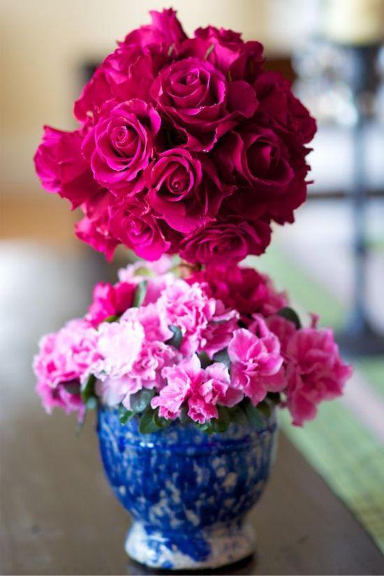 פרחים טריים topiary עבור שולחן החג