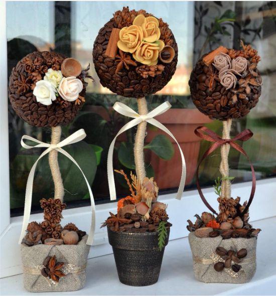 Virágokkal díszített kávézó