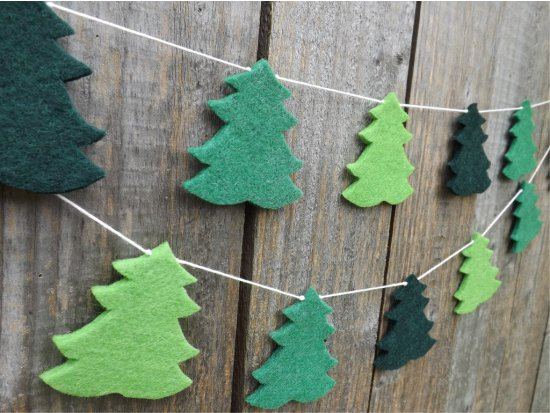 עצי חג המולד עשויים מרוששים