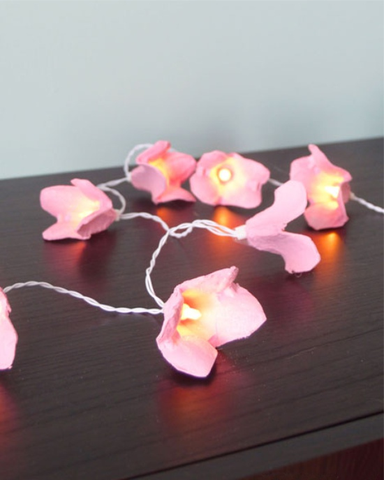 LED זר עם פרחים