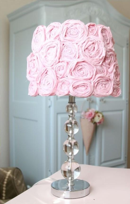 Lámpabúra lámpával, szövet rózsa