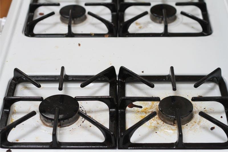 תנור גז לפני הניקוי