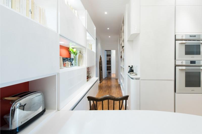פריסה בצורת U של מסדרון המטבח