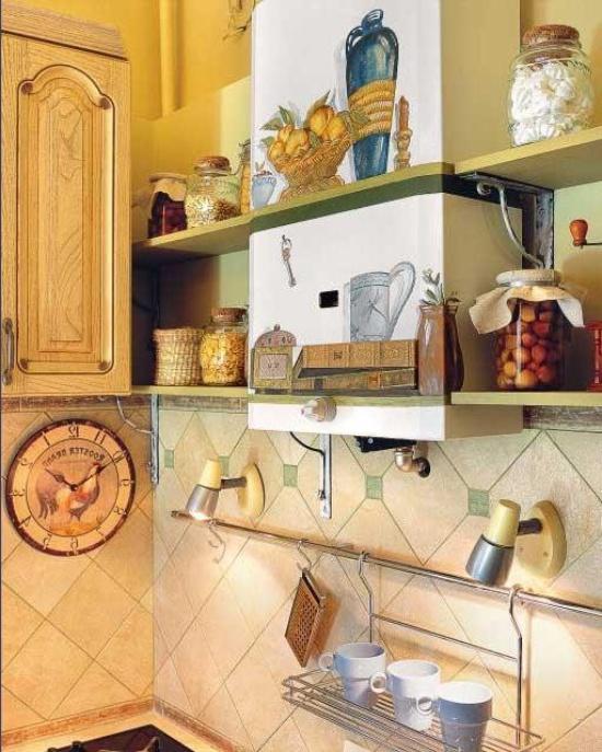 מציירת את עמוד הגז במטבח