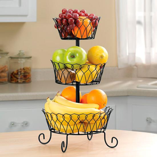 פירות במדף
