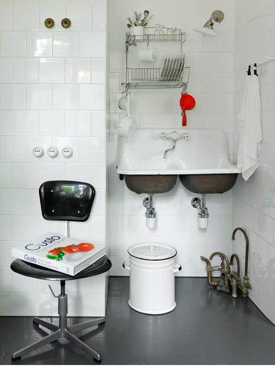 Intérieur de cuisine de style soviétique