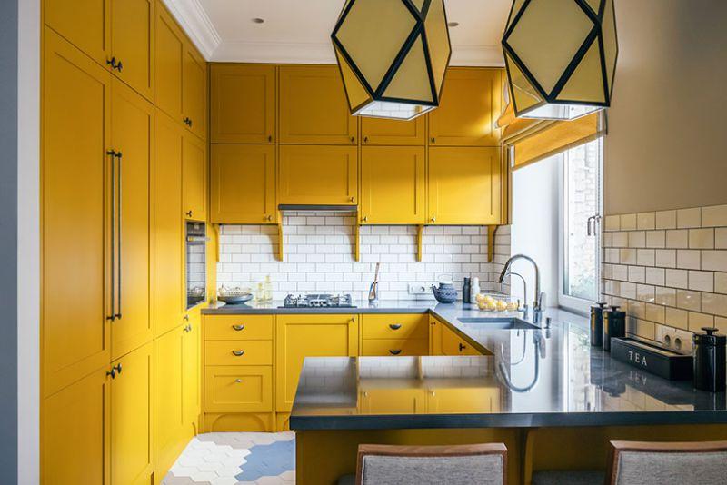Køkken-stue med bar