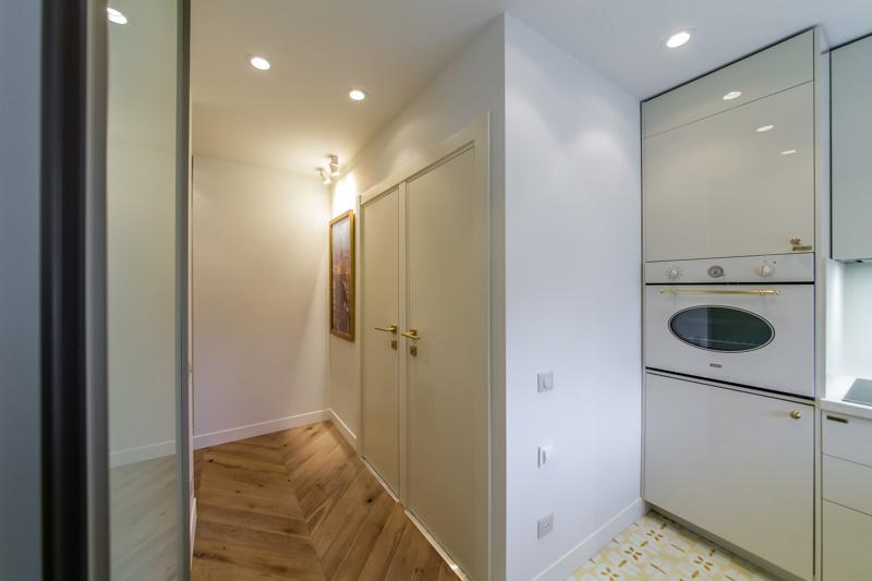 Set de cuisine avec machine à laver intégrée