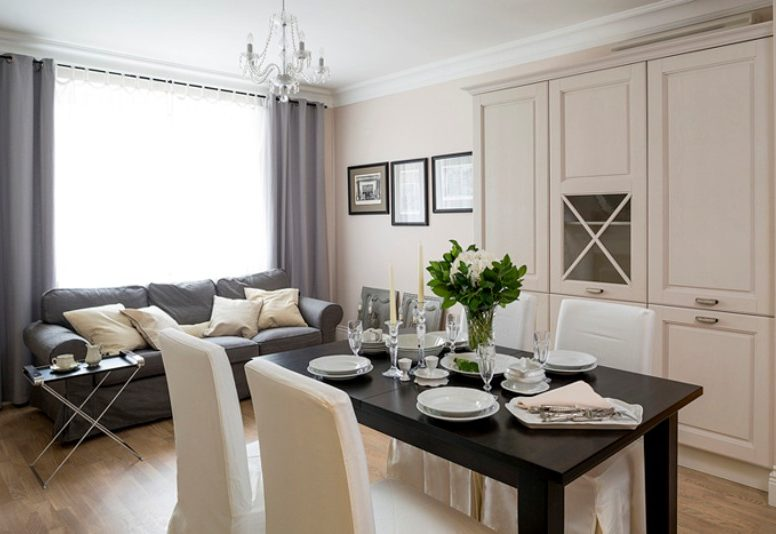 Køkken-stue-hall interiør