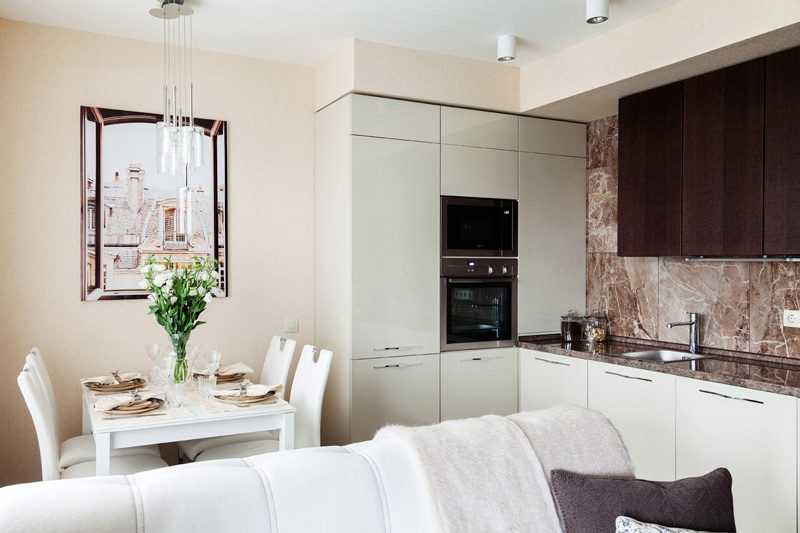 חלון מוגבה במטבח בלי חלון