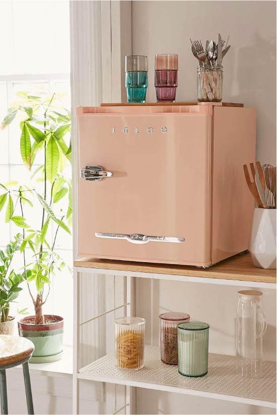 Masaüstü mini buzdolabı