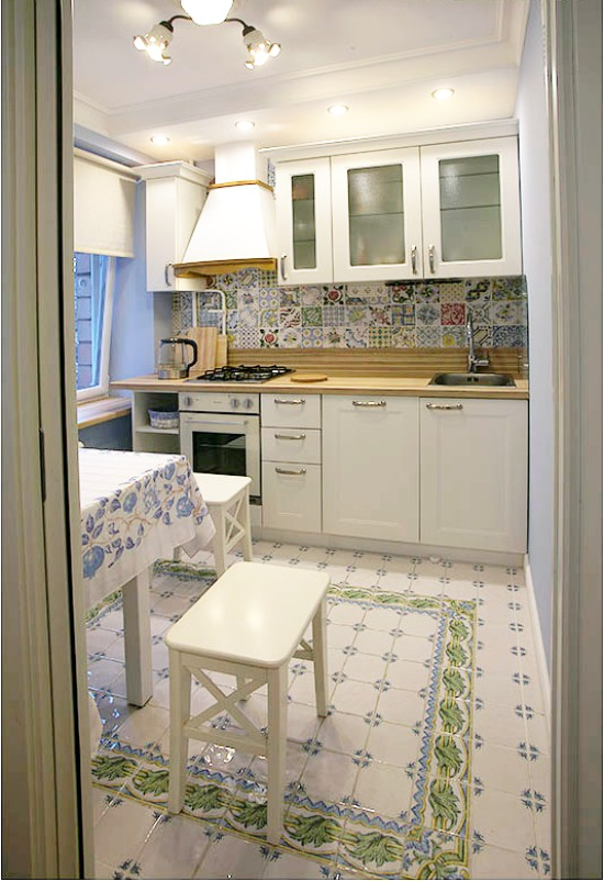 Kis egyenes konyha Hruscsovban