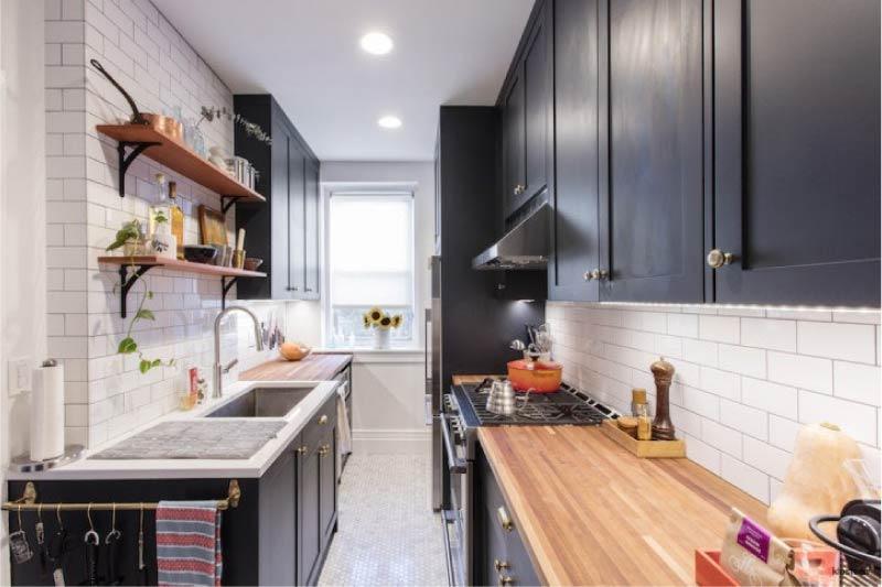 Világítás két soros konyha