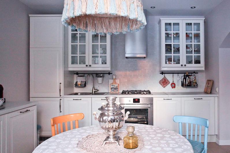 פריסה לינארית של חדר האוכל במטבח